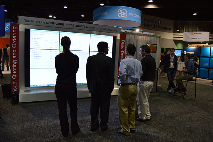 Axonom demonstrates Visual CPQ on 11 Foot Video Wall at Microsoft Convergence